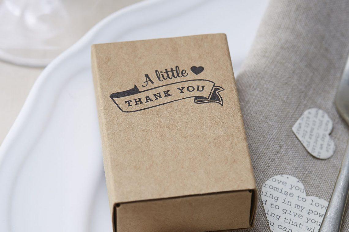 doboz mint köszönőajándék